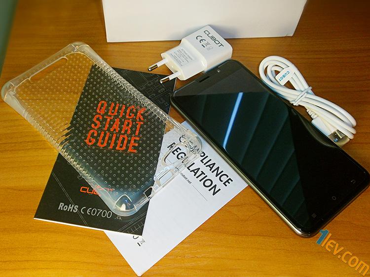силиконов протектор, смартфон, зарядно, usb кабел, инструкции